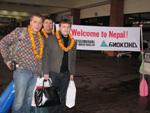 В аэропорту Катманду нас встречали с веслами